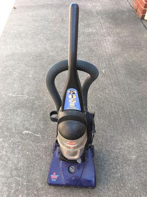 Aspiradora Bissell Vacuum Bissell Carpet dust sucker for Sale in Houston, TX