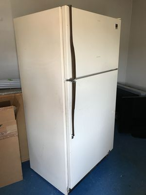 Working refrigerator for Sale in Knoxville, TN