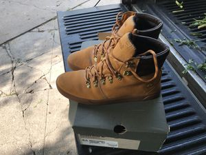 Timberland men's shoes 8.5 for Sale in Los Angeles, CA
