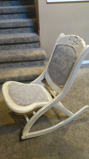 Beautiful antique shabby chic rocking chair for Sale in Aloha, OR