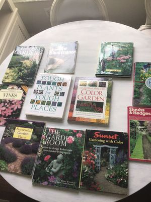 Gardening landscaping books only $5.00 each for Sale in Miramar, FL