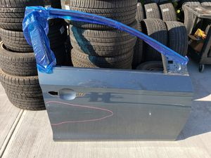 2017 Hyundai Sonata Limited Right RH Passenger Side Front Door Shell OEM for Sale in Brooklyn, NY