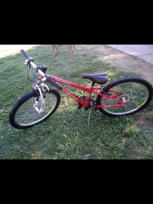 Mountain bike specialized for Sale in Laveen Village, AZ