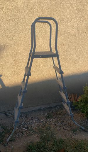 Above ground pool ladder for Sale in San Jacinto, CA