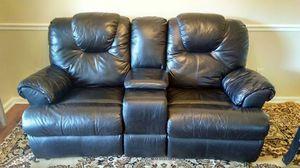 Black Leather Duel Recliner for Sale in Nashville, TN