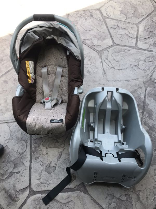 Graco infant car seat (very clean barely used). Must see today because I'm going back to Seattle