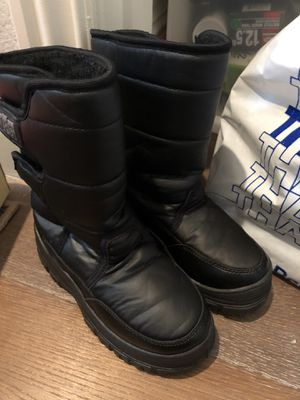 Snow boots sz 7/8 kids for Sale in San Ramon, CA