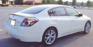 Runs nice Nissan 2007 Altima Good price for Sale in Anaheim, CA