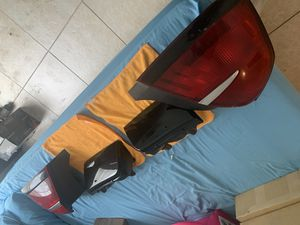 04 Grand Marquis taillights (fair condition) for Sale in Tampa, FL