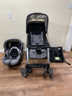Stroller car seat and base for Sale in Silver Spring, MD