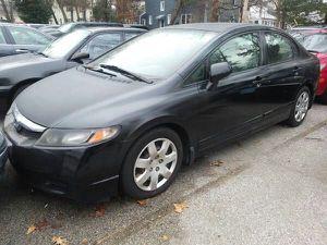2009 Honda Civic LX 4 doors Automatic 4 cylinders 34 mi/gallons for Sale in Manassas, VA