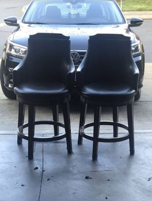 2 chair (They Spin) for Sale in Auburn, WA