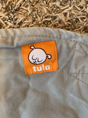 Tula baby carrier gray for Sale in Orlando, FL