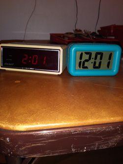2 Small Alarm clocks for Sale in Spanaway,  WA