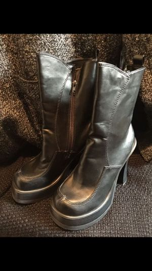 Black poly Steampunk womens boots 👢 Size 8.5 for Sale in Shoreline, WA