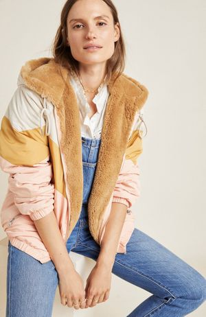 Anthro NWT Kacie Colorblocked Reversible Fur Parka (Large) for Sale in Carlsbad, CA