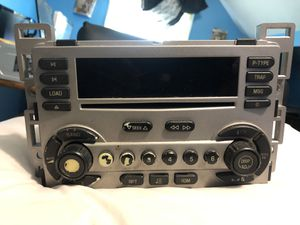 05-06 Chevy Equinox OEM Radio for Sale in Glen Ridge, NJ