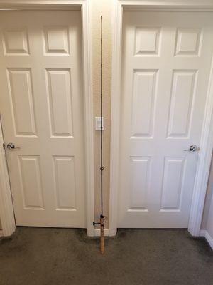 Used Spinning Rod and Reel Spinning Fishing Combo for Sale in Las Vegas, NV