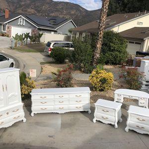 Beautiful Vintage Thomasville Bedroom Set for Sale in La Mesa, CA