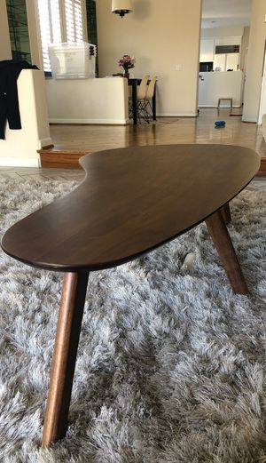 Coffee table for Sale in Huntington Beach, CA