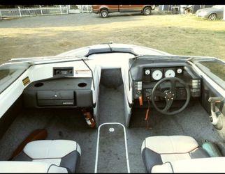 1990 Bayliner boat for Sale in Gresham,  OR