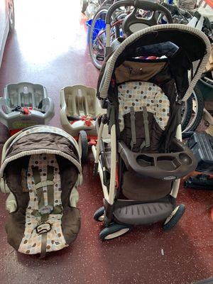 Stroller and infant car seat, 2 base for Sale in Minooka, IL