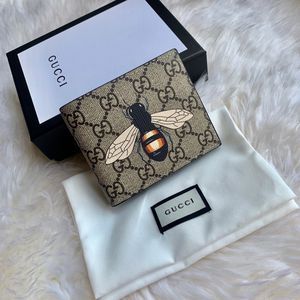 Gucci Bumblebee Wallet for Sale in Tampa, FL
