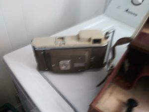 Old antique camera for Sale in Newark, OH