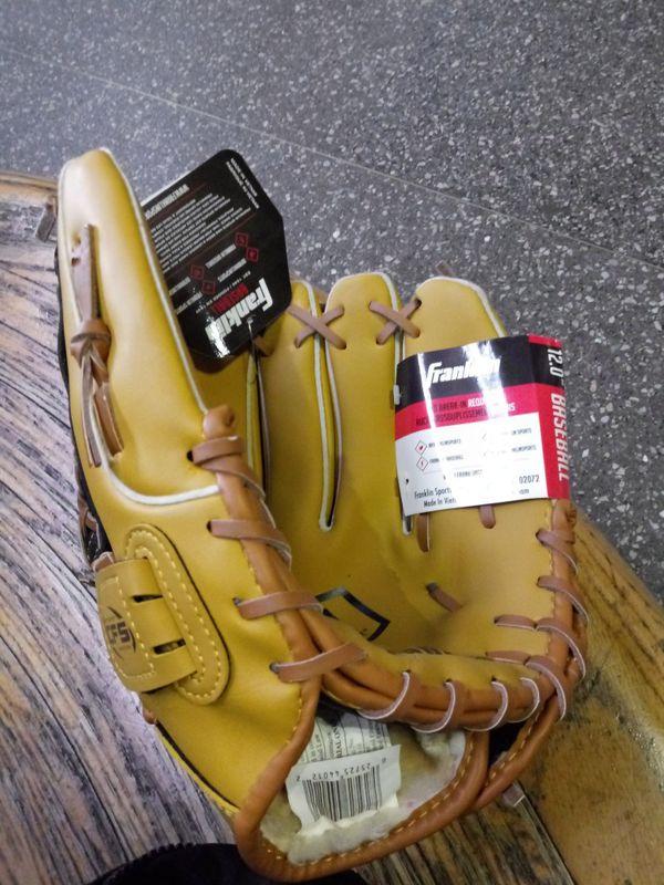 Franklin base ball glove