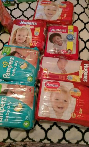 Free diapers for Sale in Dallas, TX