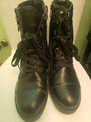 Womens stylish boots for Sale in Norwalk, CA