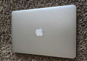 """15"""" Macbook pro 2013 good condition works great unlocked for Sale in Midland, TX"""