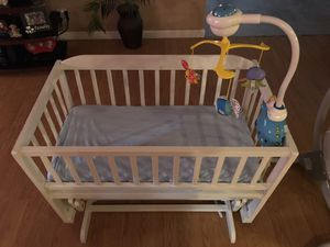 Bedroom set and baby items for Sale in Desert Hot Springs, CA