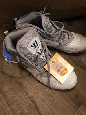 New baseball shoes warrior size 8.5/ 9 for Sale in Chandler, AZ