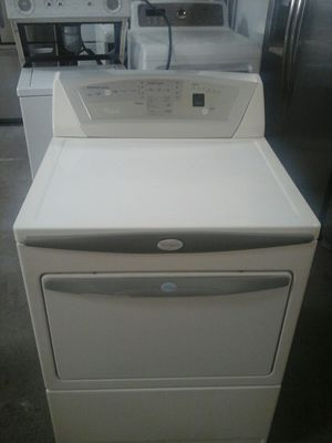 Whirlpool beige electric dryer for Sale in Irving, TX
