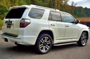 No low-ball offers 2016 4Runner  for Sale in Salina, KS