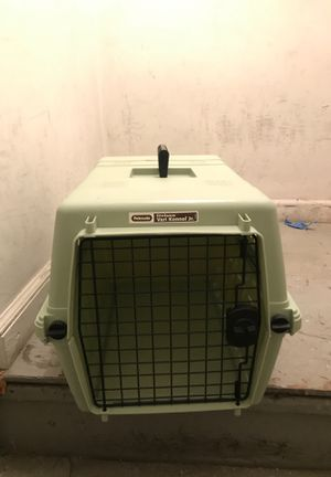 Pet mate Kennel for Sale in New York, NY
