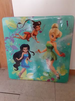 Free kids tinkerbell table. for Sale in Chicago, IL