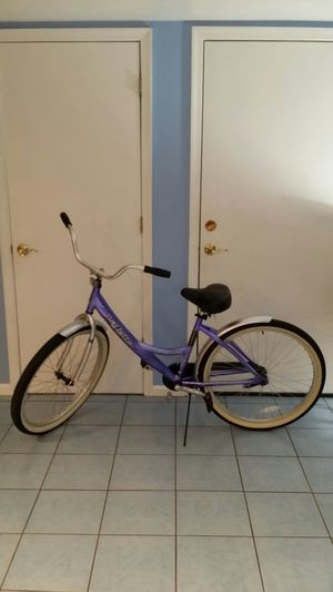 La Jolla Street Cruiser Lightweight Aluminum Girls Bike for Sale in Baltimore, MD