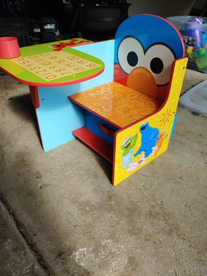 Elmo Kids Desk for Sale in Oak Forest, IL