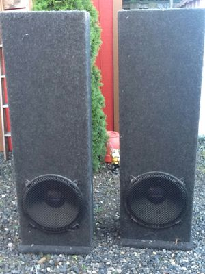 TOWER SPEAKERS for Sale in Gresham, OR