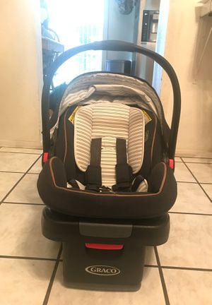 Graco snugride snuglock 35 for Sale in Montclair, CA