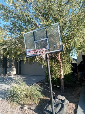 Free basketball hoop for Sale in Queen Creek, AZ