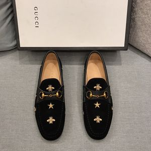 Gucci Jordaan Slip-on Star & Bee Loafers for Sale in Arlington, TX