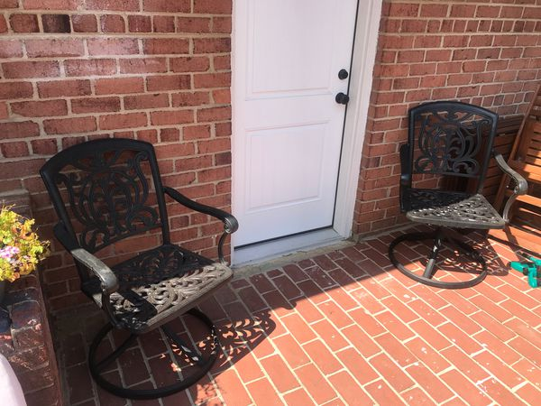 Set of Outdoor Iron Swivel Chairs Pottery Barn
