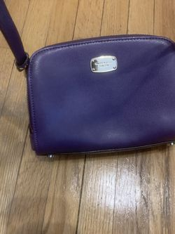 Purple Micheal Kors Bag for Sale in Tinton Falls,  NJ