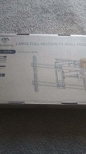 Perlesmith tv mount brand new up to 132 pounds for 60 to 70 inches bought an extra on accident for Sale in Fort Lupton, CO