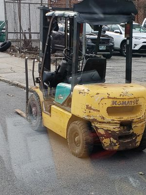 Komatsu Forklift for Sale in Bronx, NY