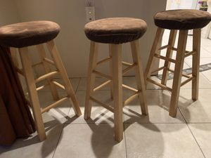 3 Bar stools with cushions for Sale in Homestead, FL