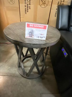 Round End Table, Grey for Sale in Downey, CA
